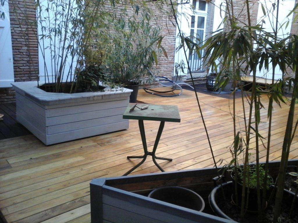 terrasse acacia ou robinier neuve, un bois local écologique et durable