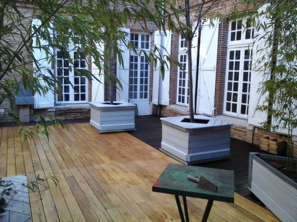 terrasse acacia, bois local du robinier